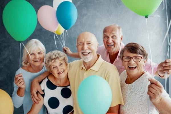 постари луѓе