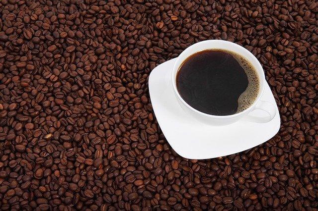 kofein-zavisnik-kafe