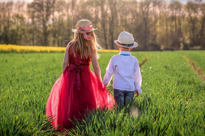 deca-postari-pomladi